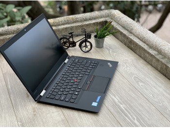 ThinkPad X1C Carbon Gen 5: i5-7200U | Ram 8GB | SSD 256GB | 14inch FHD IPS Like new